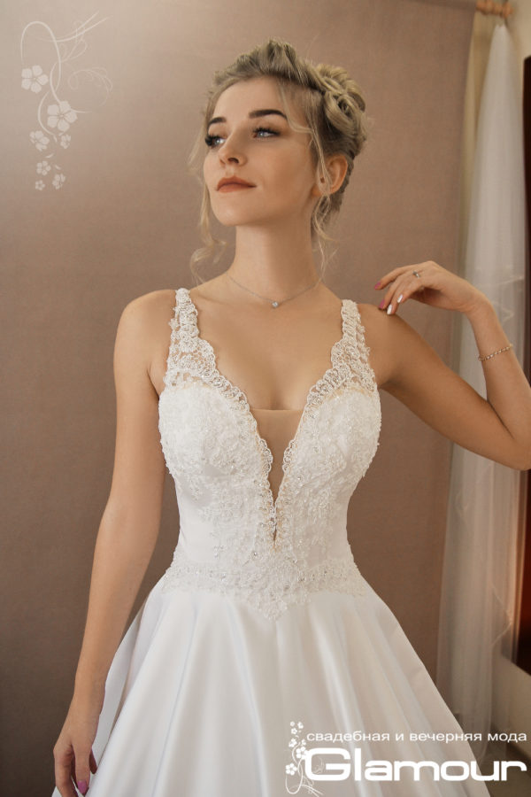 Favorite corset dress wedding SINKO DESIGNER