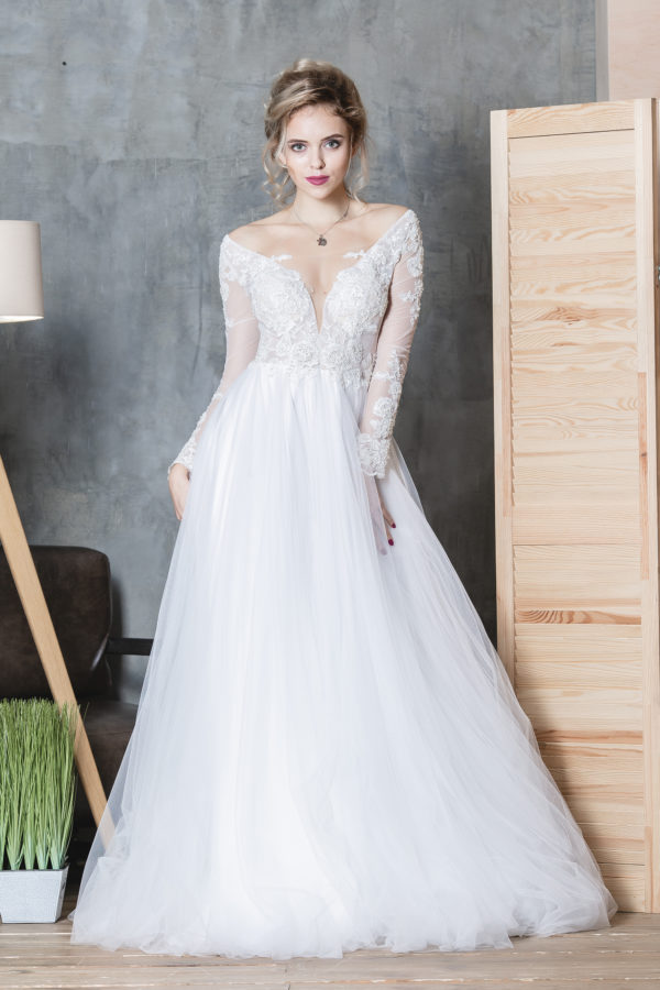 Amazing wedding dress SINKO TATYANA